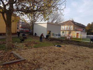 Moderny Samorin pre vsetkych skolsky dvor Zakladna skola Mateja Bela rodicia komunita dobrovolnictvo