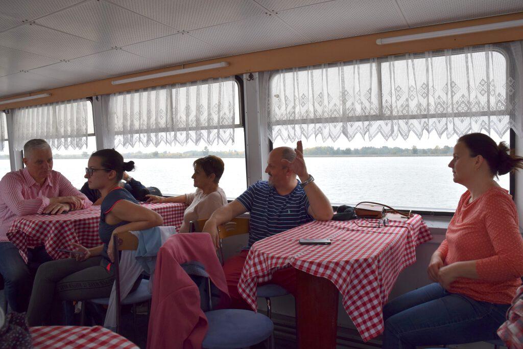 Moderny Samorin pre vsetkych vodne dielo Gabcikovo plavba lod Ondava