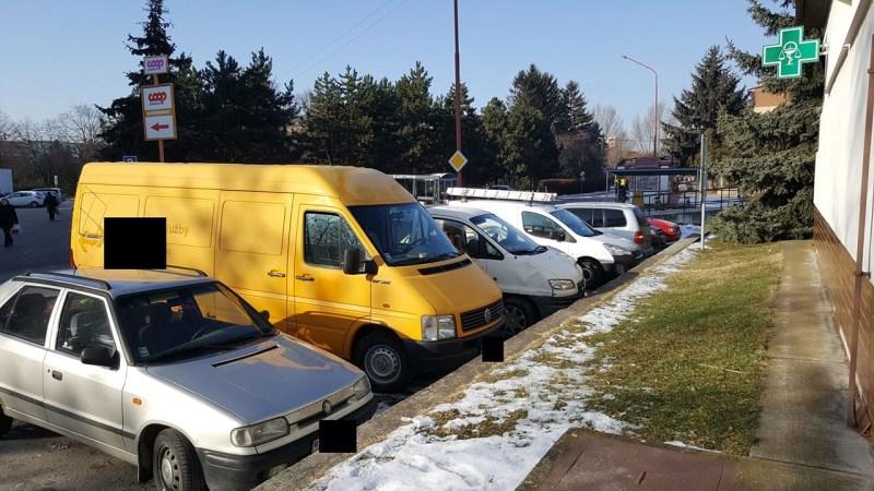 Moderny Samorin pre vsetkych platene parkovanie problemy poliklinika dodavky
