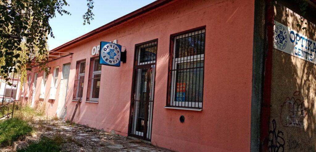 Moderny Samorin pre vsetkych bytovy dom Agora optika Skolska ulica