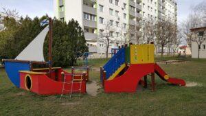 Moderny Samorin pre vsetkych detske ihrisko lod Cilistovska Hviezdna