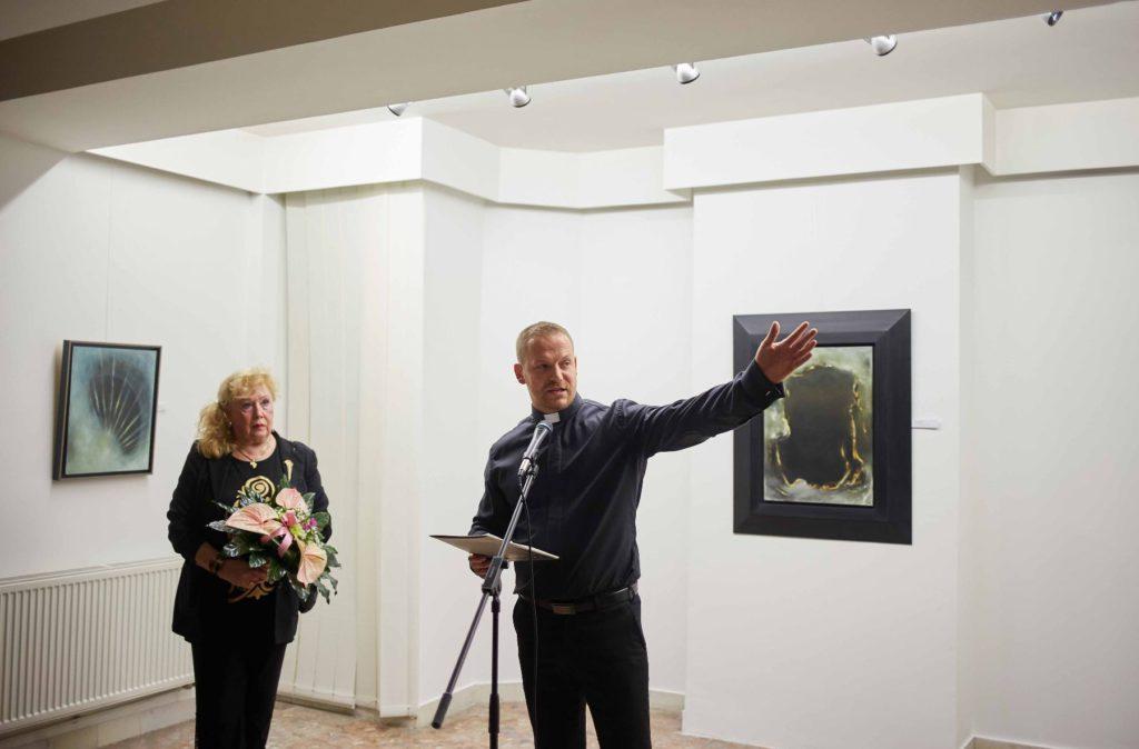 Moderny Samorin pre vsetkych mestske kulturne stredisko vernisaz vystava maliar knaz Martin Safarik