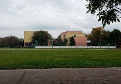 Moderny Samorin pre vsetkych skolsky dvor dezolatny stav